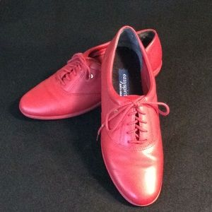 Easy Spirit Anti-Gravity Red Leather Oxford Size 9